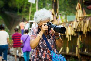 fotografia-atividade-idosos-locamed