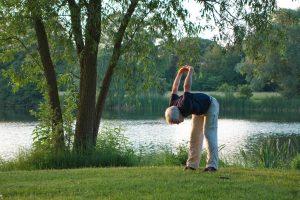 ioga-pilates-idosos-locamed-bh