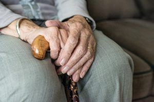 Os perigos da sarcopenia para o idoso